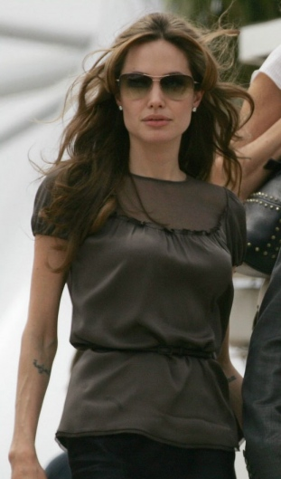 Angelina-Jolie Wearing Strummer Sunglasses