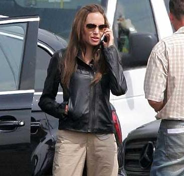 Angelina Jolie Sunglasses Wanted